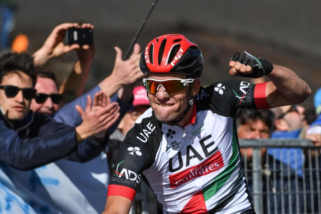 epa05953035 Slovenian rider Jan Polanc of UAE Team Emirates celebrates after winning the 4th stage of the 100th Giro d'Italia cycling race, over 181 km from Cefalu to Mount Etna near Catania, Sicily, Italy, 09 May 2017. EPA/ALESSANDRO DI MEO